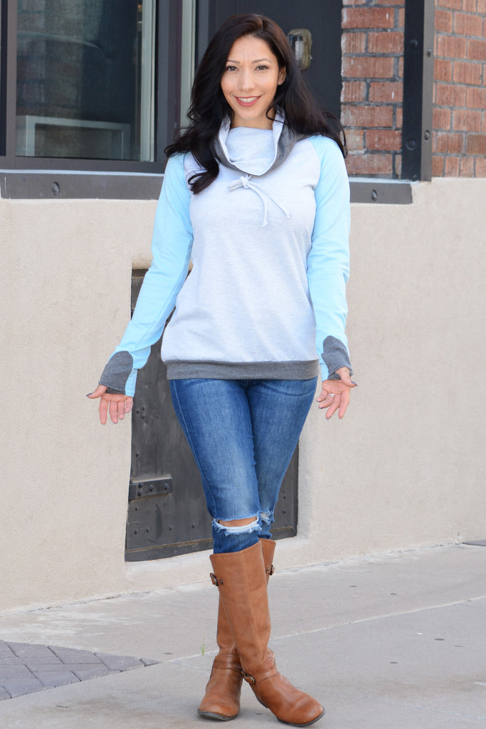 Vibing Thumbhole Sweatshirt - Light Blue