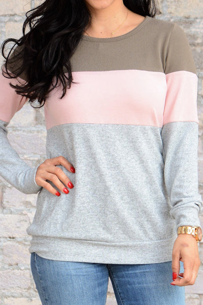 Comfy Days Top - Taupe/Pink