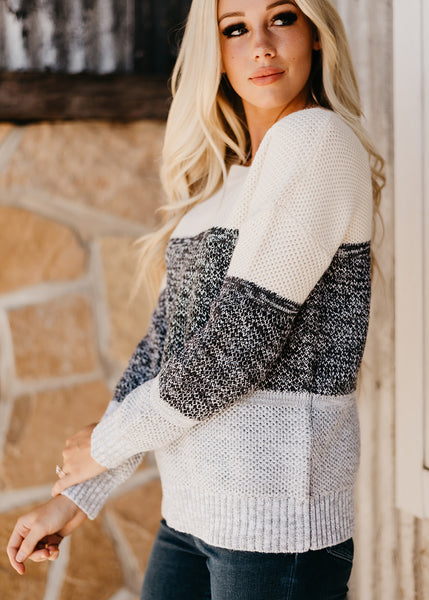 Savanna Netted Colorblock Sweater - Gray