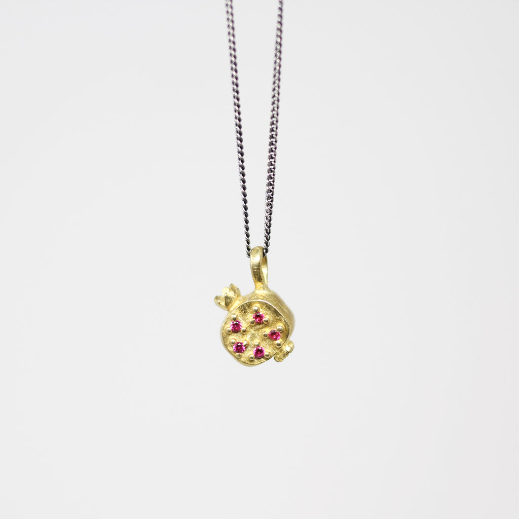 Pomegranate Pendant Ruby (p108)