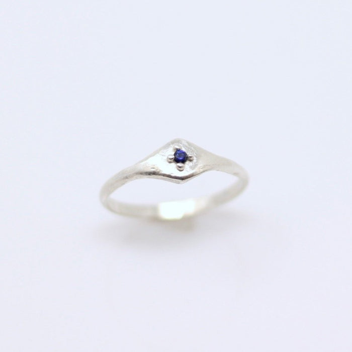 Sapphire Ring size 10 (r116)