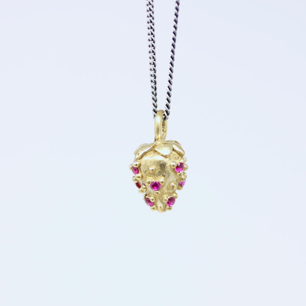 Ruby Strawberry Pendant (s106)