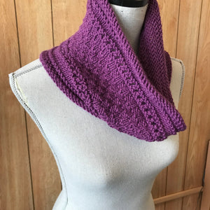 First Cowl Knitting Pattern - Knit Photography Props by Double the Stitches