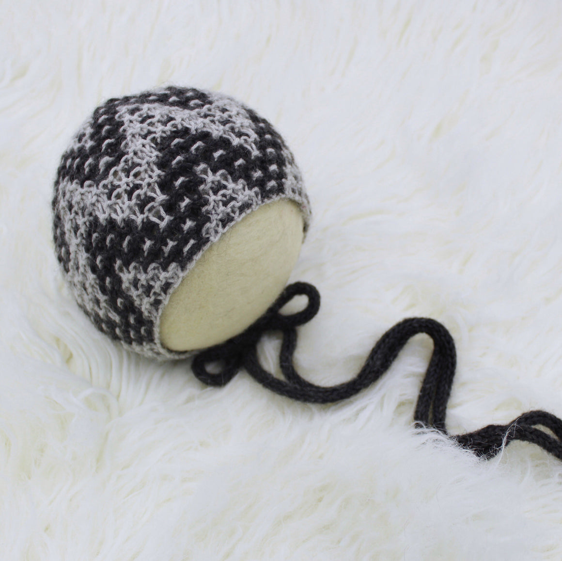 Arlo Bonnet - Knit Photography Props by Double the Stitches