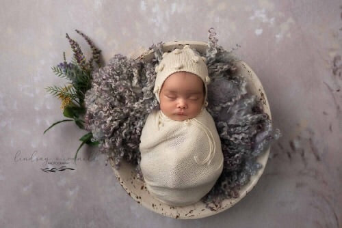 Baby Bauble Bonnet - Knit Photography Props by Double the Stitches