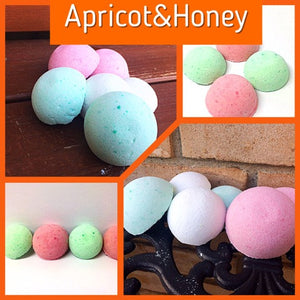 APRICOT & HONEY SHOWER STEAMERS FOR HER - Jewelry Jar Candles