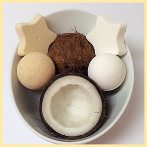 COCONUT, MEN'S BATH BOMB WITH SNAPS - Jewelry Jar Candles