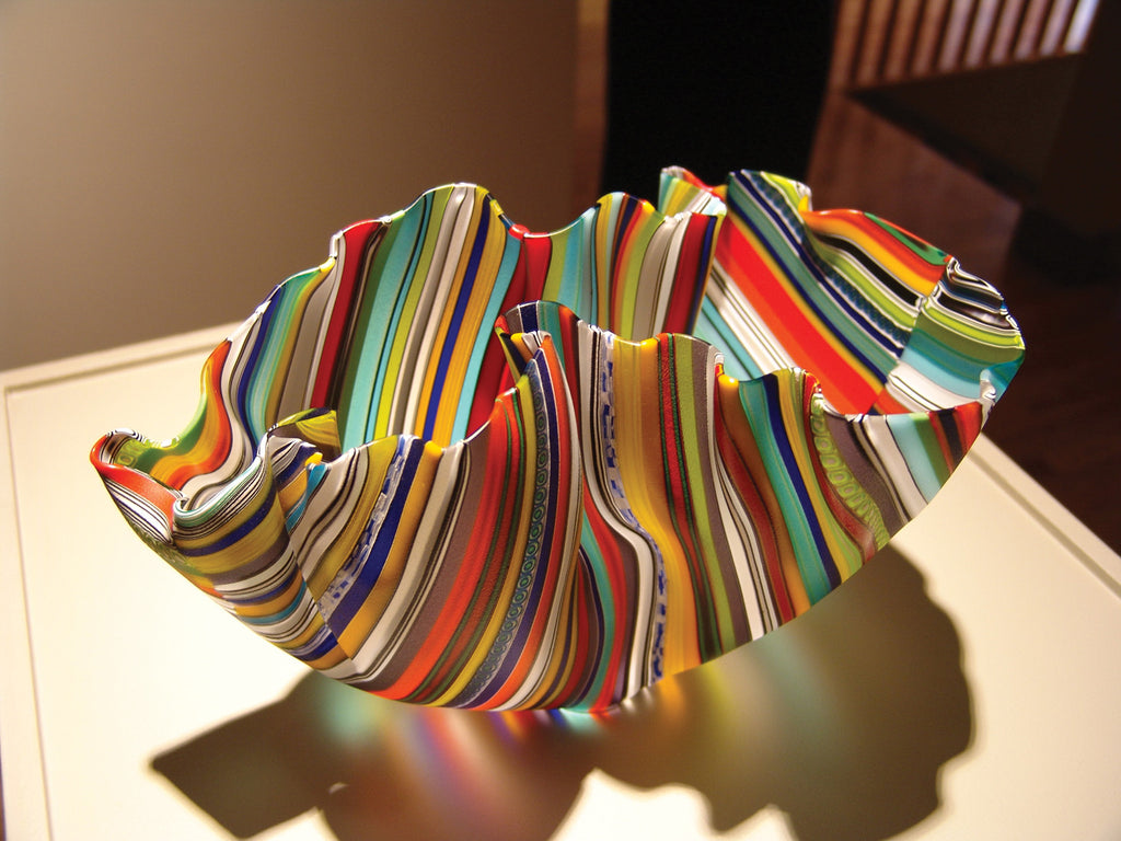 Multicoloured, striped clamshell bowl