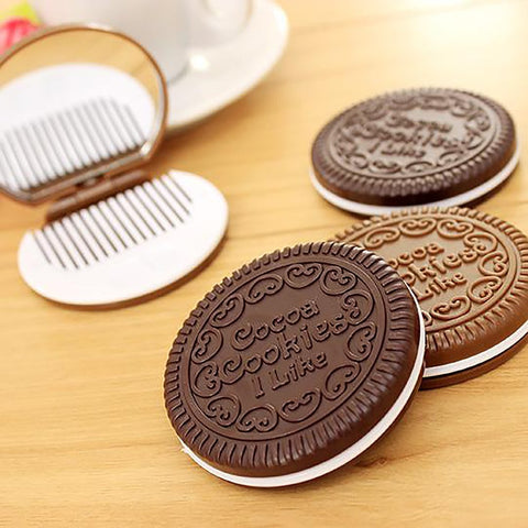 Women's Cookie-shaped Small Mirror with Comb Home Office Makeup Tools