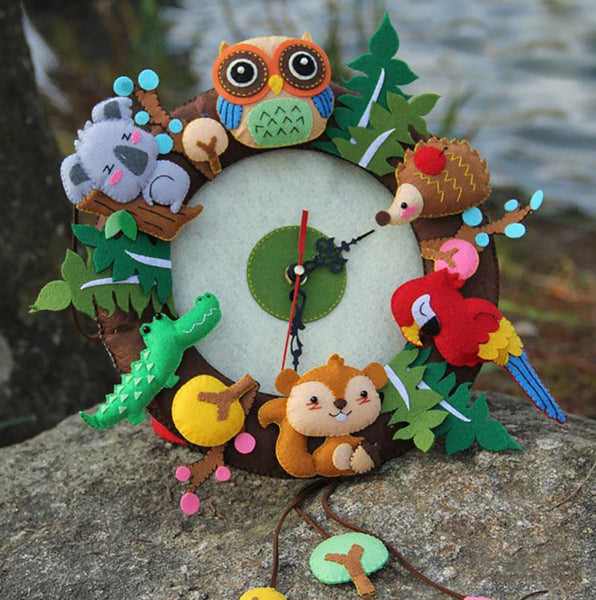 New Felt Wall Clock Free Cutting Material DIY Package Forest Animal Theme Handmade Cloth For Living Room Decorartion