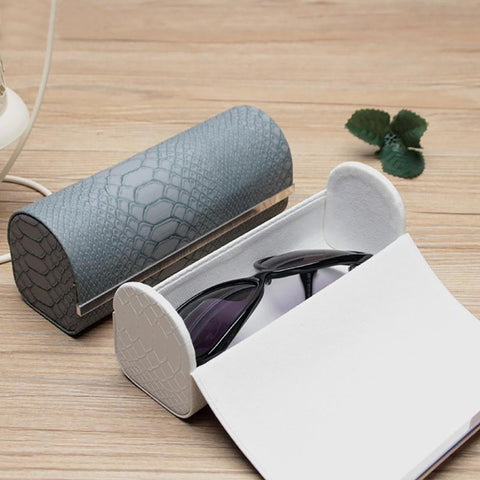 Unisex Adult's Sunglasses Case Cover Portable Faux Leather Protector Holder