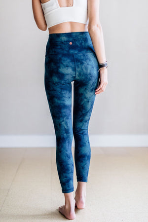 Solite High Waist 7/8 Legging - Nocturnal Sky