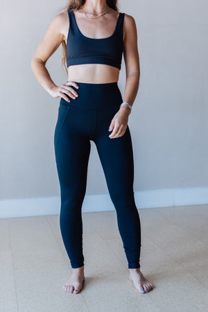 Tapered Band Essential Highwaist Legging - Black