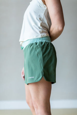 "Nine Trails Shorts 6"" - Camp Green"