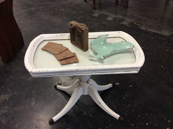 "Duncan Phyfe Tea Table w/removable Glass Tray Top - Handpainted in ""Simplicity"""