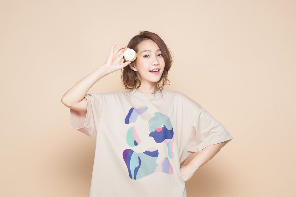 ABSTRACT PAINTING PUZZLE NUDE MOCK NECK TEE