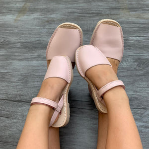 Blush Pink Leather Classic Avarca