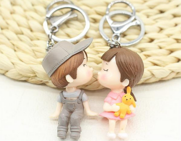 Romantic Cartoon Lovers Kiss Couple Keychain