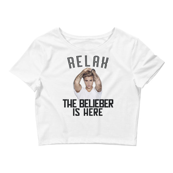 """RELAX, THE BELIEBER IS HERE"" Justin Bieber Fan Women's Crop Tee"