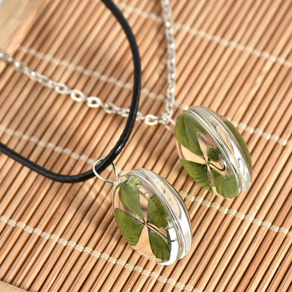 Green Lucky Four Leaf Clover Round Pendant Couple Necklace
