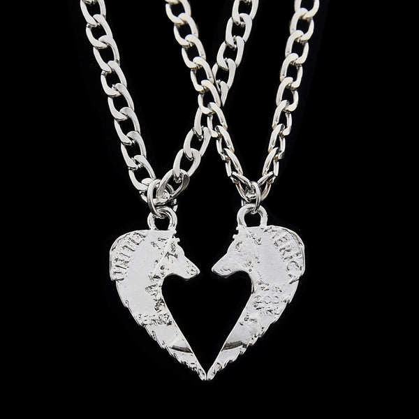 2pcs Wolf Pendant Necklaces Making A Heart Friendship Necklace Coin Best Friends Forever Creative Lovers Couples Christmas Gift - CoupleStuffs.com - Couple's Super Shop for Stuffs!