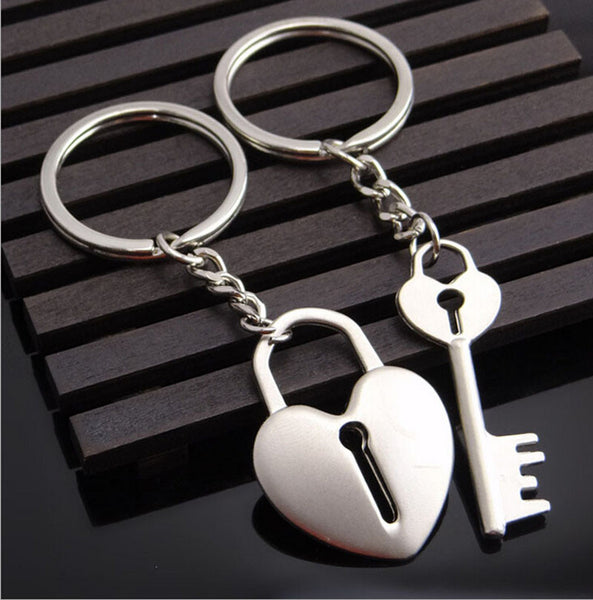 Couple Keychain Metal heart shape Key lock Creative Couple Keychain Gift Lovers - CoupleStuffs.com - Couple's Super Shop for Stuffs!