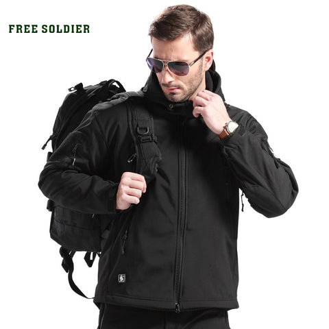 FREE SOLDIER outdoor sport clothing for camping climbing hiking jackets softshell Fleece fabric,instant water-resistant jacket