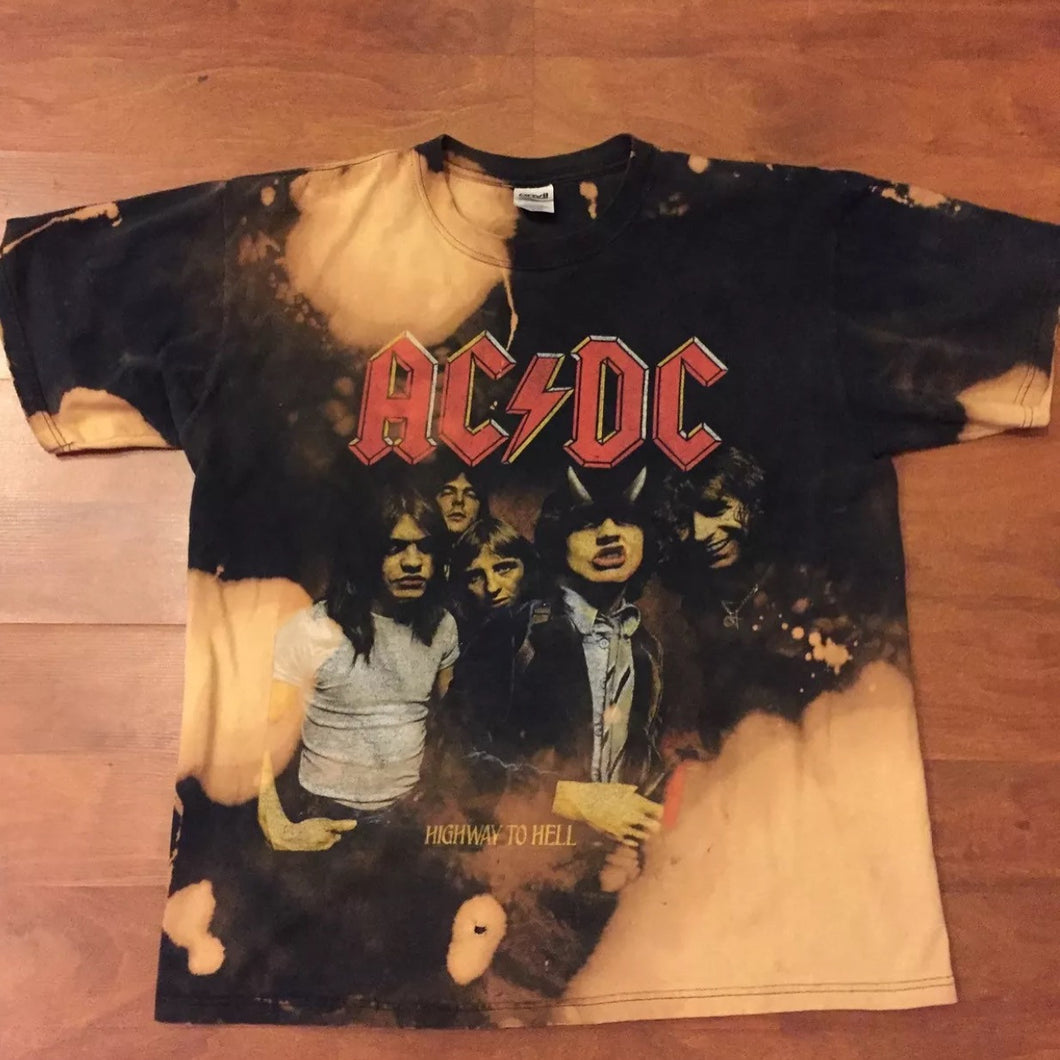 AC DC vintage Distressed Tee