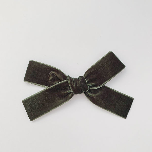 LUXE FOREST GREEN VELVET BOW