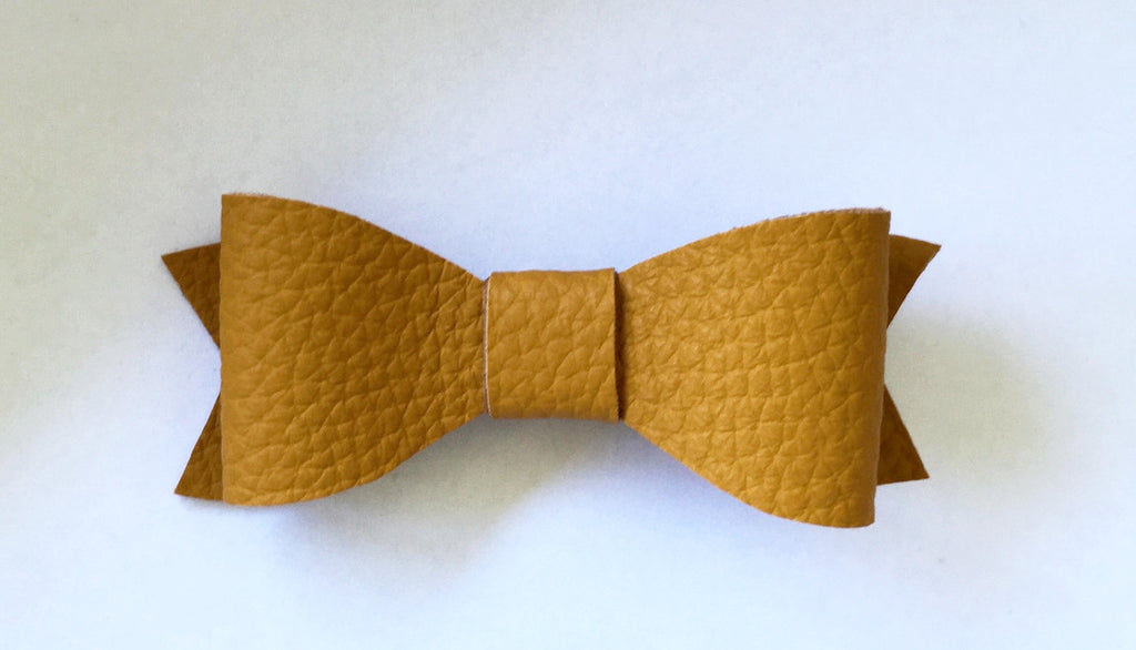 MUSTARD CLASSIC BOW