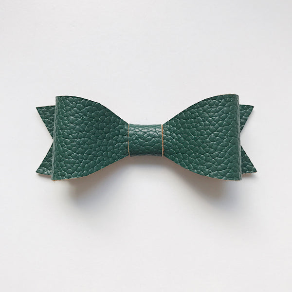 HUNTER GREEN CLASSIC BOW