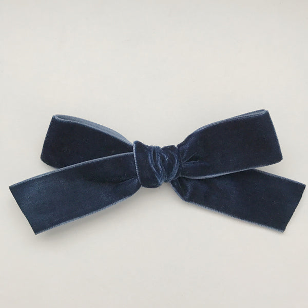 LUXE MIDNIGHT VELVET BOW