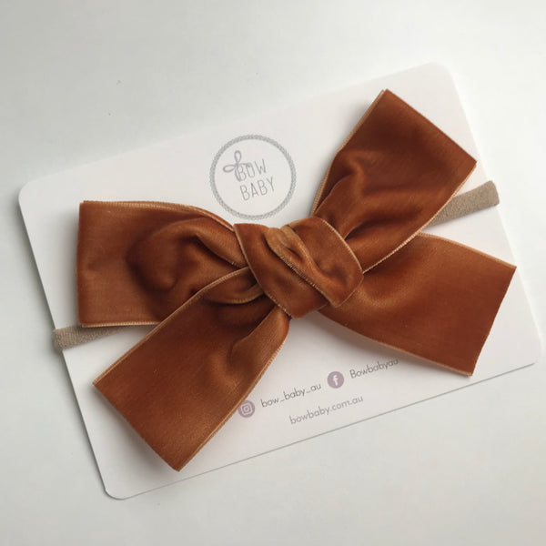 BIG BOW CARAMEL VELVET