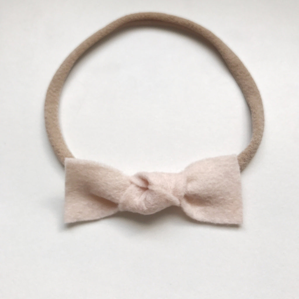 BABY PINK KNOT FELT BOW