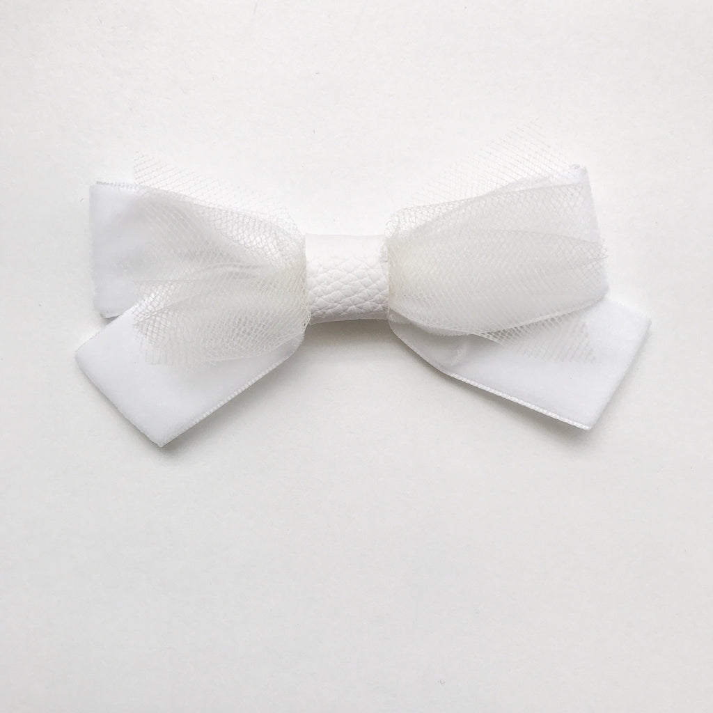 WHITE BALLERINA BOW