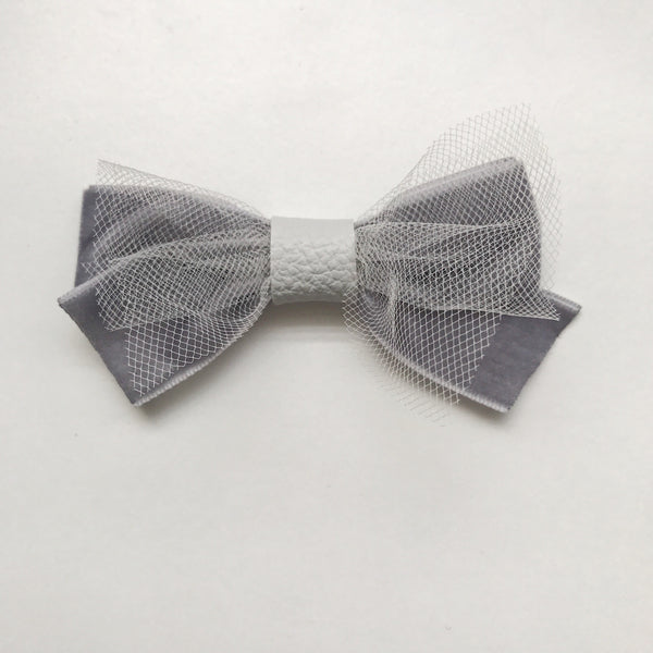 GREY BALLERINA BOW