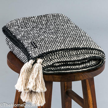 Rufus Mini-Chevron Charcoal-Natural Chunky Cotton Throw With Tassels