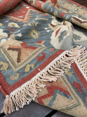 Naeva Handwoven Indian Kilim Rug