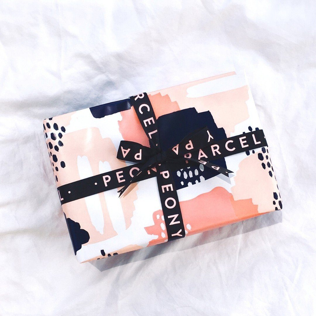LUXURY MYSTERY ARTSY PAMPER PARCEL - VALUED AT $185+