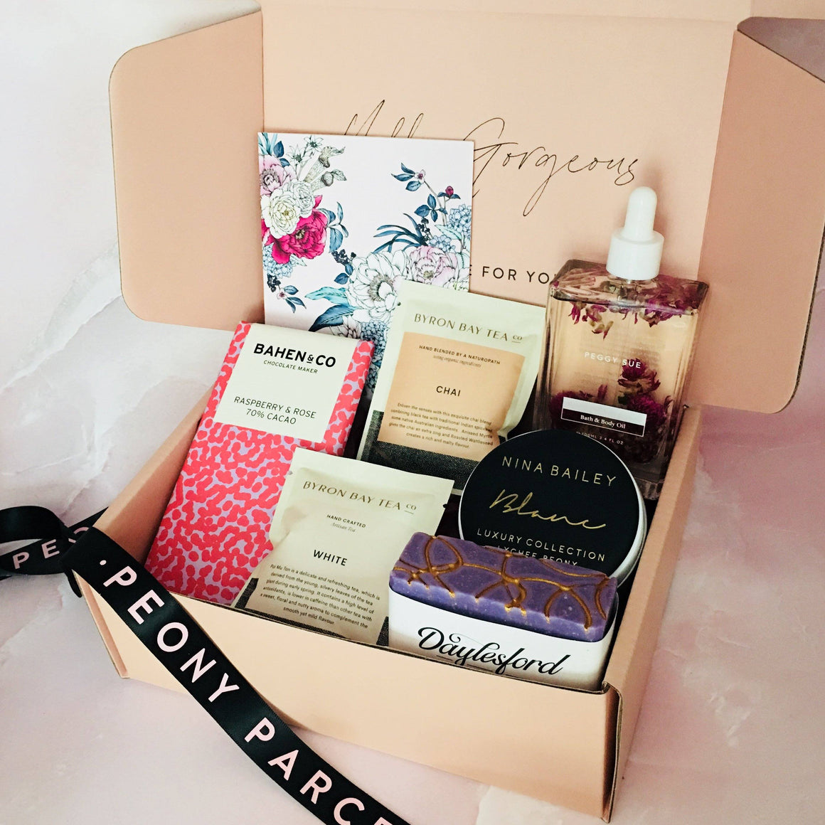 BEAUTY BOX PAMPER HAMPER GIFT