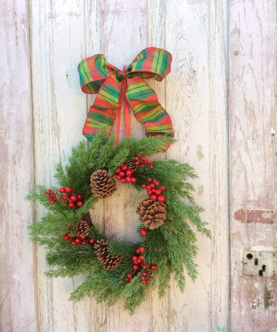Classic Christmas Natural Wreath