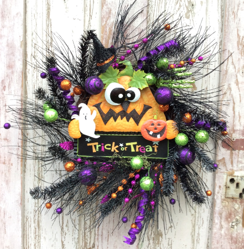 Trick Or Treat Pumpkin Wreath