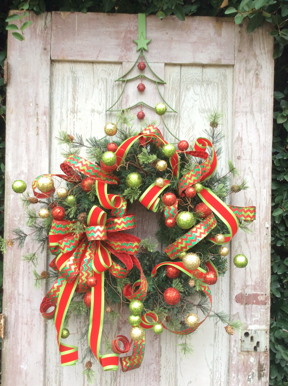 Green Christmas Tree Wreath Hanger