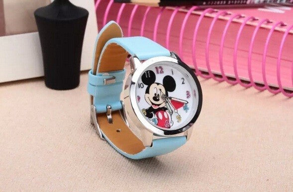 Minnie Mouse Hello Kiity cartoon watch