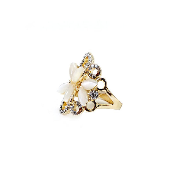 Mayo Flower With Stone Ring (Size-18)