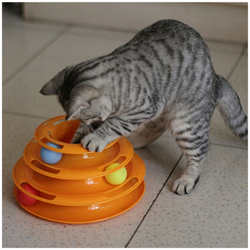 INTERACTIVE TOWER CAT TOY