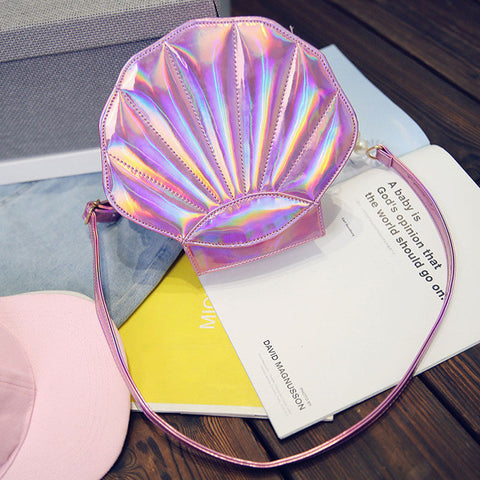 SHELL SHAPED SHOULDER BAG