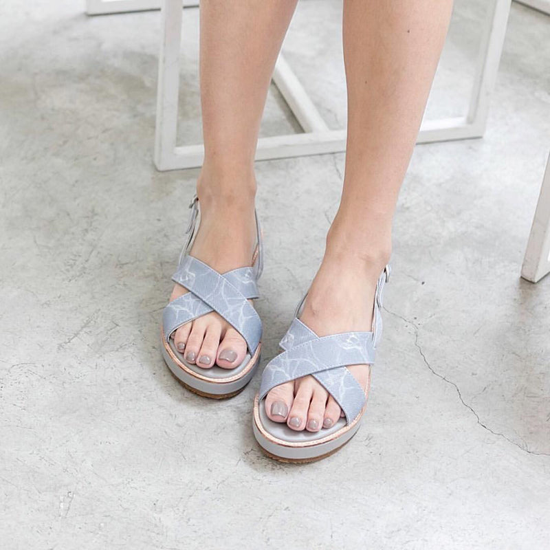 Natural Marble Cross Platform Sandals - Shoes - Blue Edges Co. | Nordic Contemporary Marble Fashion 北歐風後現代主義概念店| Minimal Uniqueness | Reinvent your Collection