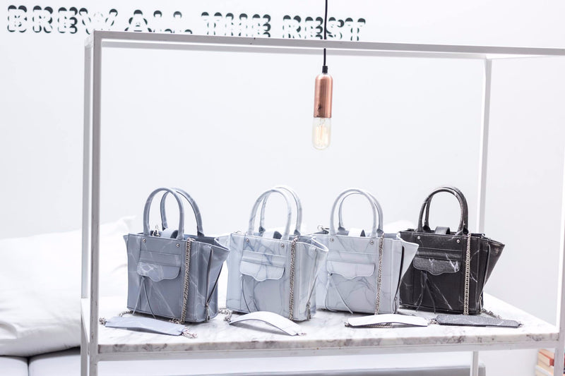 NATURAL MARBLE TOTE BAG - WHITE-BROWN - Blue Edges Co. | Shop the Minimalist Fashion Online