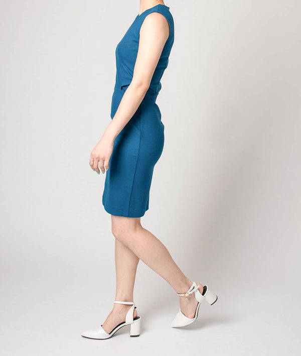 SLIM CUT PLAIN DRESS WITH FOLD DETAIL AT WAIST - Blue Edges Co. | Shop the Minimalist Fashion Online
